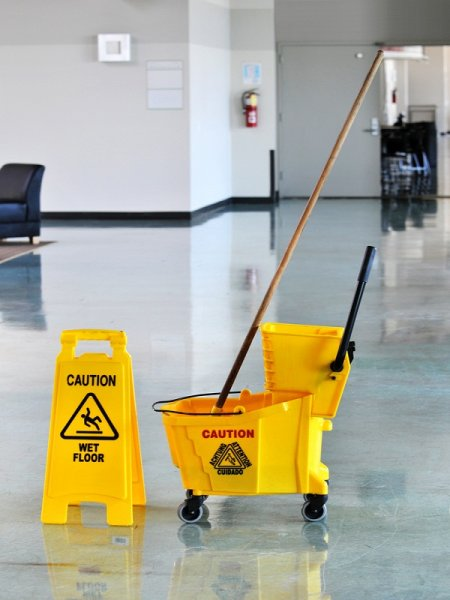 FLOOR CARE - CLEANERS
